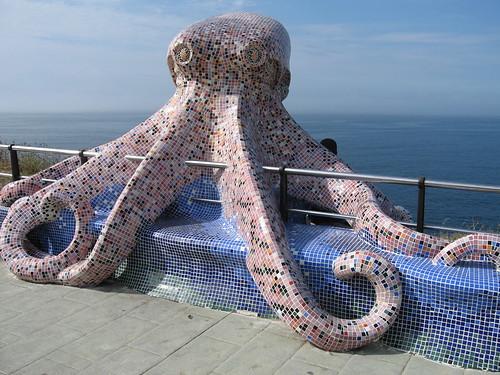 El pulpo del Paseo Marítimo de A Coruña