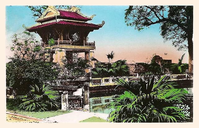 HANOI - PAGODE DE CONFUCIUS 1953