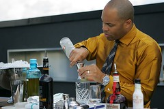 GG Dimis Cocktail Demonstration