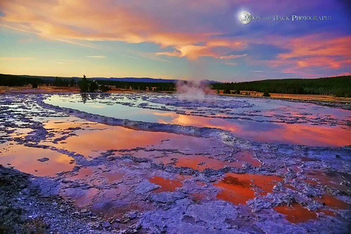 sunset sky reflection water clouds steam reflective yellowstone geyser saariysqualitypictures aspenbreeze