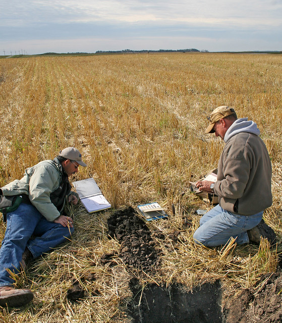 Soil scientists at work 9 flickr photo sharing for About soil science