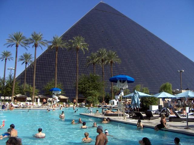 Luxor Flickr Photo Sharing