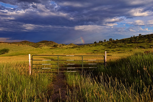 road summer sky foothills nature grass weather clouds skyscape landscape rainbow nikon gate colorado meadow sunny hills co carter rays openspace frontrange entry 2010 atmosphericoptics optics larimer noco carterlake anticrepuscularrays singleexposure clff nikon1735 d700