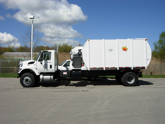 Leaf Vacuum Truck http://www.flickr.com/photos/40126553@N03/4964953891/