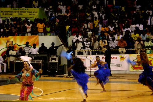 <p>Oumou Sow and her dancers get a serious workout on the floor of Stade Demba Diop.</p>