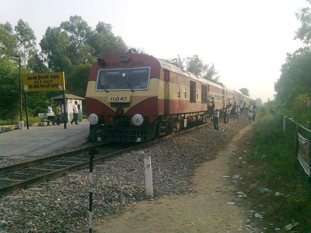 Indian Dmu Train