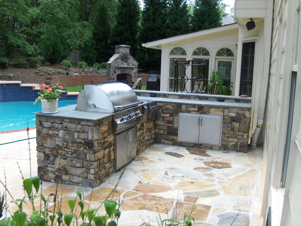 atlanta outdoor stone kitchen pool flickr photo sharing. Black Bedroom Furniture Sets. Home Design Ideas