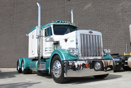 Stahl Peterbilt Show and Shine 2010