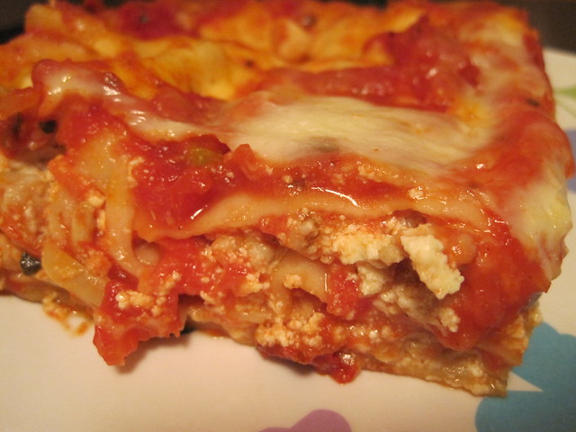 Chicken, Mushroom & Roasted Garlic Lasagna   Ground chicken ...
