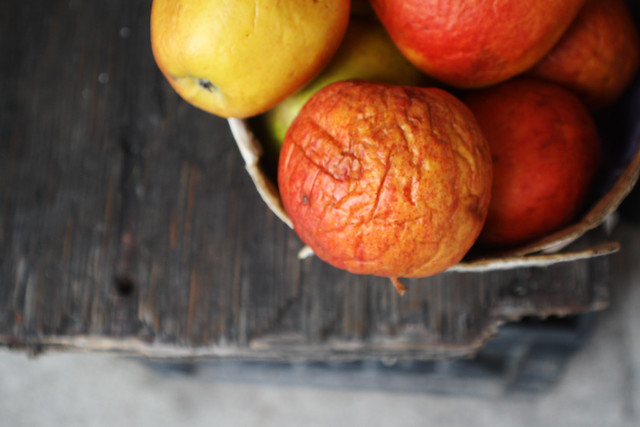 Sad dried fruit