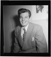 [Portrait of Joe Marsala, William P. Gottlieb's home or office, New York, N.Y., ca. June 1947] (LOC)