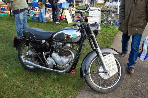 A.J.S. MODEL 31. 1960. 650cc TWIN.