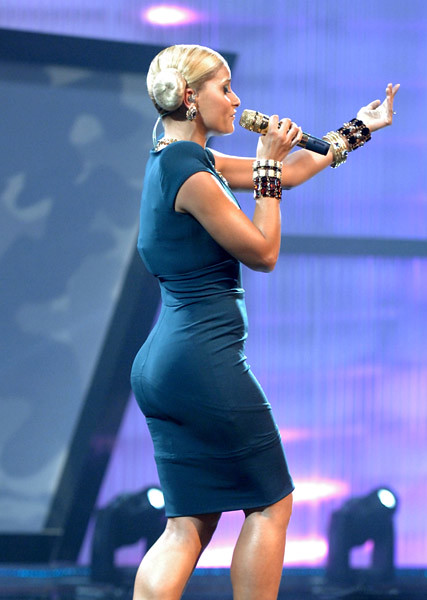 Nelly Furtado S Ass 60