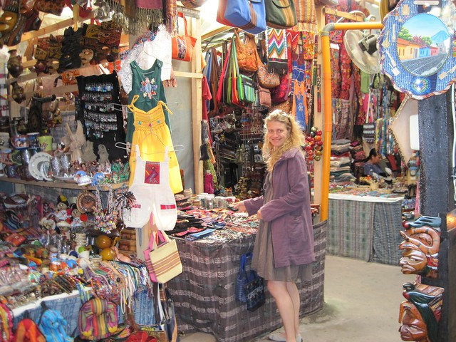 going-out-in-antigua-guatemala-indoor-market-craft-traditional