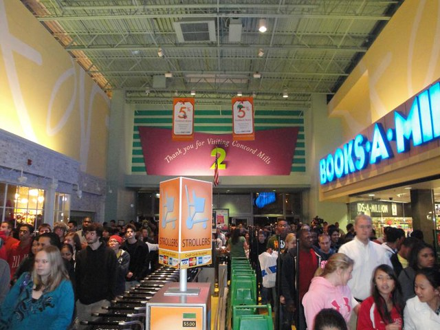 Black Friday 2010 at Concord Mills | Flickr - Photo Sharing!