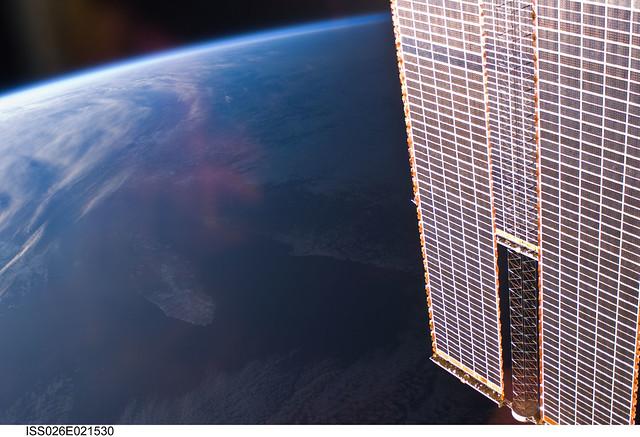 spacecraft solar array panels - photo #15