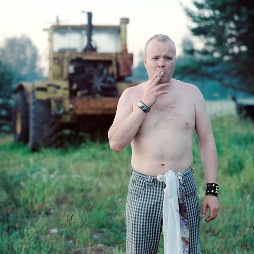 morning portrait tractor sunrise cigarette smoking sass köömes