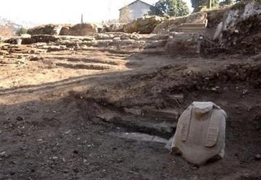 Roma - Straordinario rinvenimento archeologico all'interno di Villa Adriana a Tivoli (04/02/2006) Foto di: La Repubblica & MiBAC.