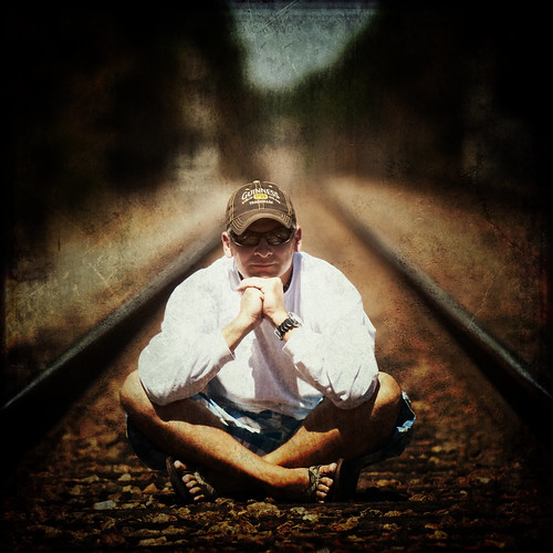 portrait train nikon tracks hanover d300s
