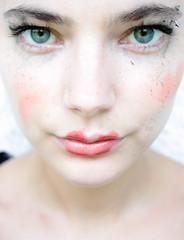 nose, freckle, face, skin, lip, head, eyelash, cheek, eyelash extensions, close-up, mouth, eyebrow, beauty, cosmetics, eye, organ,