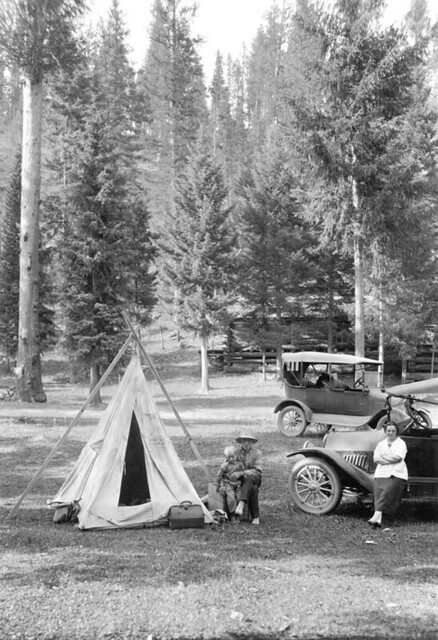 Tourists at Lolo Hot Springs, Lolo National Forest, Montana, 1920, Photo by E.S. Shipp