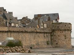 Fortification du Mont-Saint-Michel