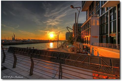 sunset sun canon eos sonnenuntergang jan hamburg sigma 7d marco hh 1020mm hafen sonne hartmann polo photoart hdr elbe hafencity hansestadt terrassen photomatix 3exp