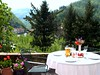 lunch in the garden of Villa Rosalena