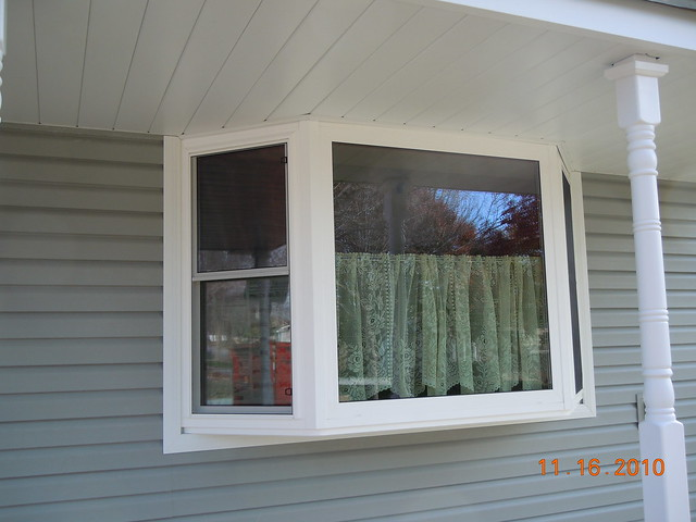 Anderson Bay Windows : Double hung window in a white bay flickr photo
