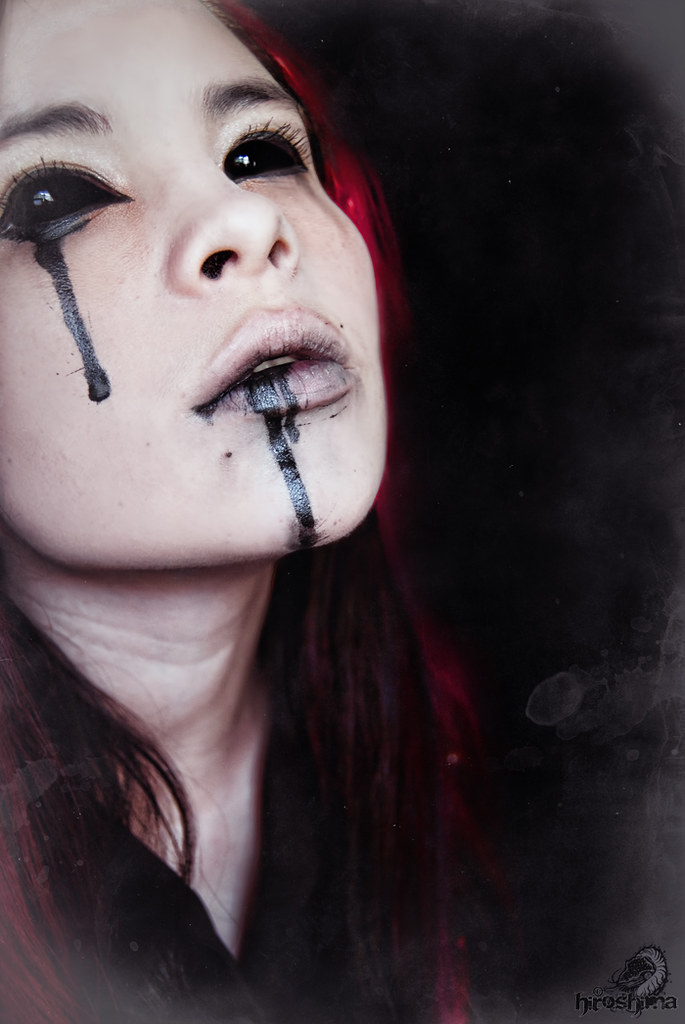 Black Sclera Red Iris Contacts SCLERA CONTACTS LENSES