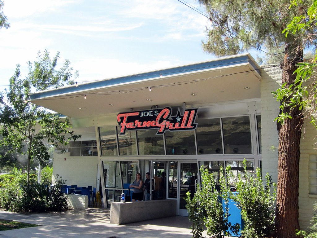 Joe s Farm Grill Gilbert AZ Diners Drive Ins and Dives