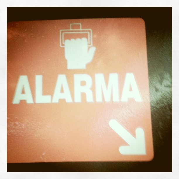 Header of alarma