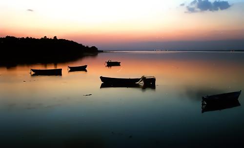 sunset india lake film analog evening iso200 cosina super mp agfa bhopal agfavista200 ct1 cosinact1super tripleniceshot mygearandme mygearandmepremium mygearandmebronze mygearandmesilver mygearandmegold mygearandmeplatinum mygearandmediamond artistoftheyearlevel4