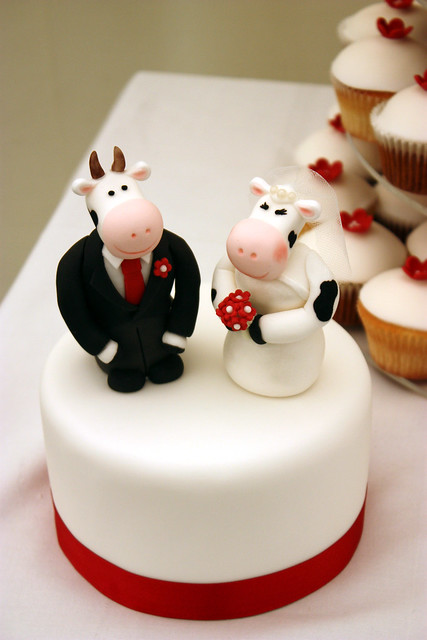 Cow Bride & Groom