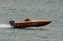 skiff(0.0), watercraft rowing(0.0), pilot boat(0.0), rigid-hulled inflatable boat(0.0), vehicle(1.0), powerboating(1.0), f1 powerboat racing(1.0), bass boat(1.0), boating(1.0), motorboat(1.0), watercraft(1.0), boat(1.0),