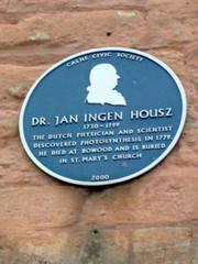Photo of Jan Ingenhousz blue plaque