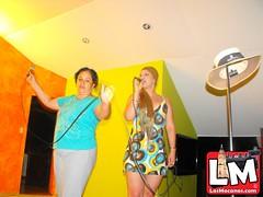 Karaoke en el kiosko Bar