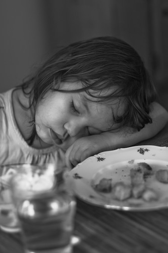 falling asleep at the dinner table-7003.jpg