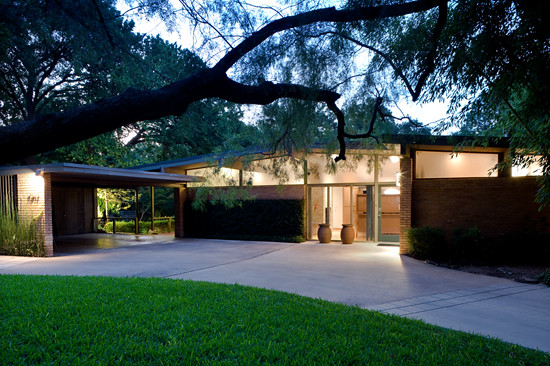 Delrose dr dallas tx built 1955 architect joseph for Mid century modern homes dallas