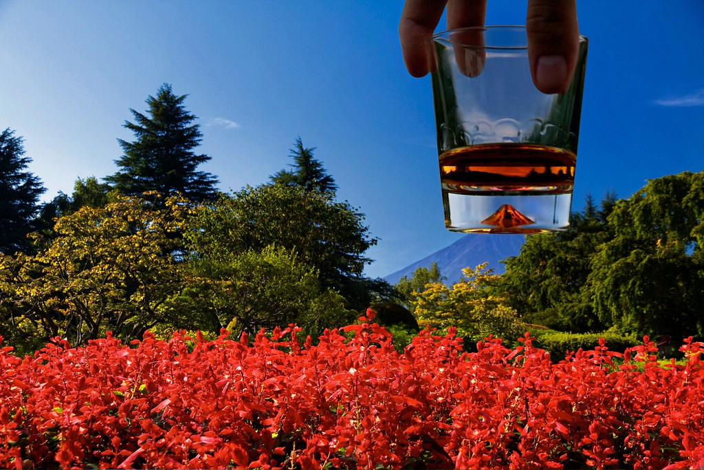 Whisky on the Rocks of Fuji