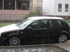 executive car(0.0), volkswagen golf variant(0.0), volkswagen gti(0.0), volkswagen golf mk5(0.0), bumper(0.0), automobile(1.0), automotive exterior(1.0), family car(1.0), wheel(1.0), vehicle(1.0), rim(1.0), volkswagen golf mk4(1.0), compact car(1.0), sedan(1.0), land vehicle(1.0), hatchback(1.0), volkswagen golf(1.0),