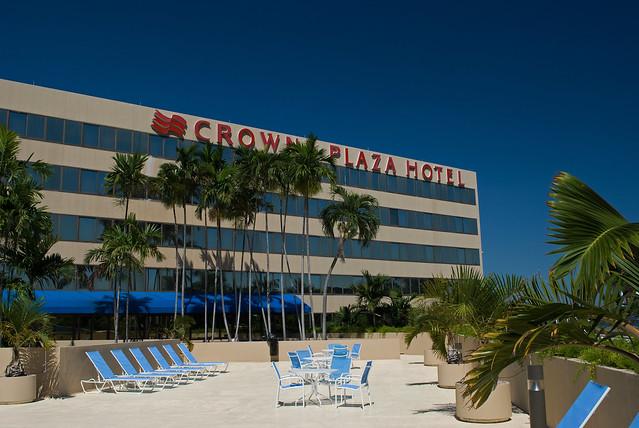 Miami Airport Hotel Parking