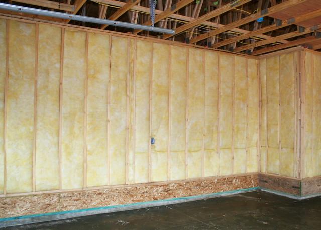 Fiberglass batt insulation 6 flickr photo sharing for 6 fiberglass insulation r value