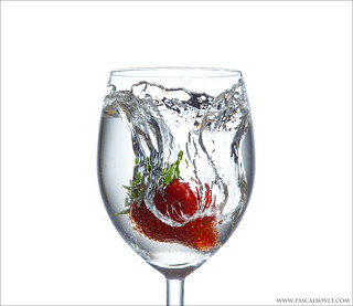 Strawberry water splash - Explore [FrontPage]