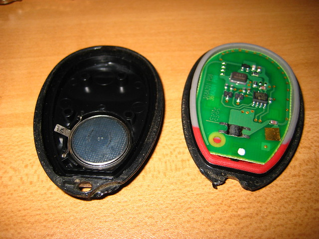 GM Key Fob Remote Control Battery - 2001 Pontiac Grand Pri… | Flickr - Photo Sharing!