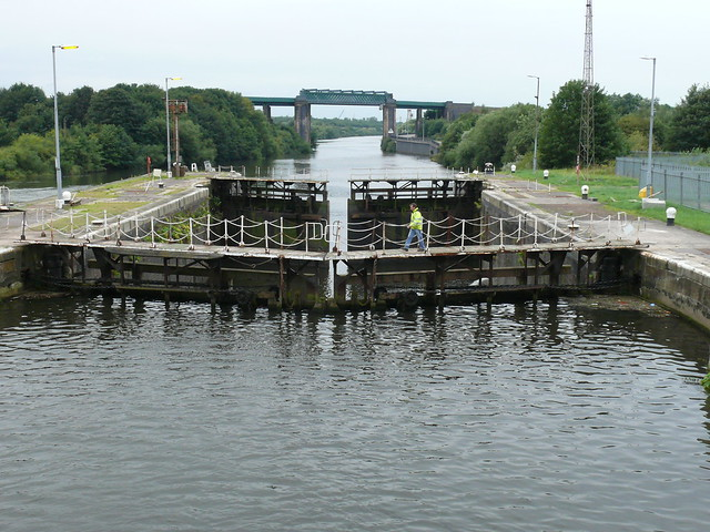 057 Manchester Ship Canal Cruise  Irlam Locks 100826