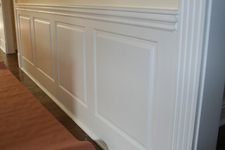 raised_panel_wainscot