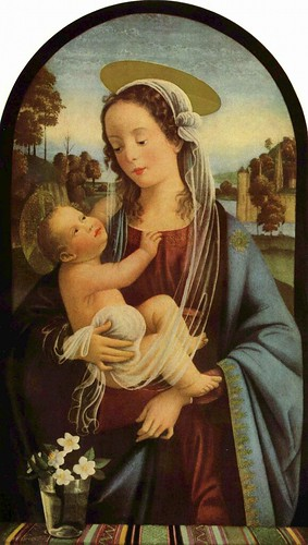 Mary is extremely glad that the halo didn't show up until after she gave birth.