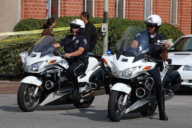 Glendale police department motor officers flickr photo for Department of motor vehicles glendale ca