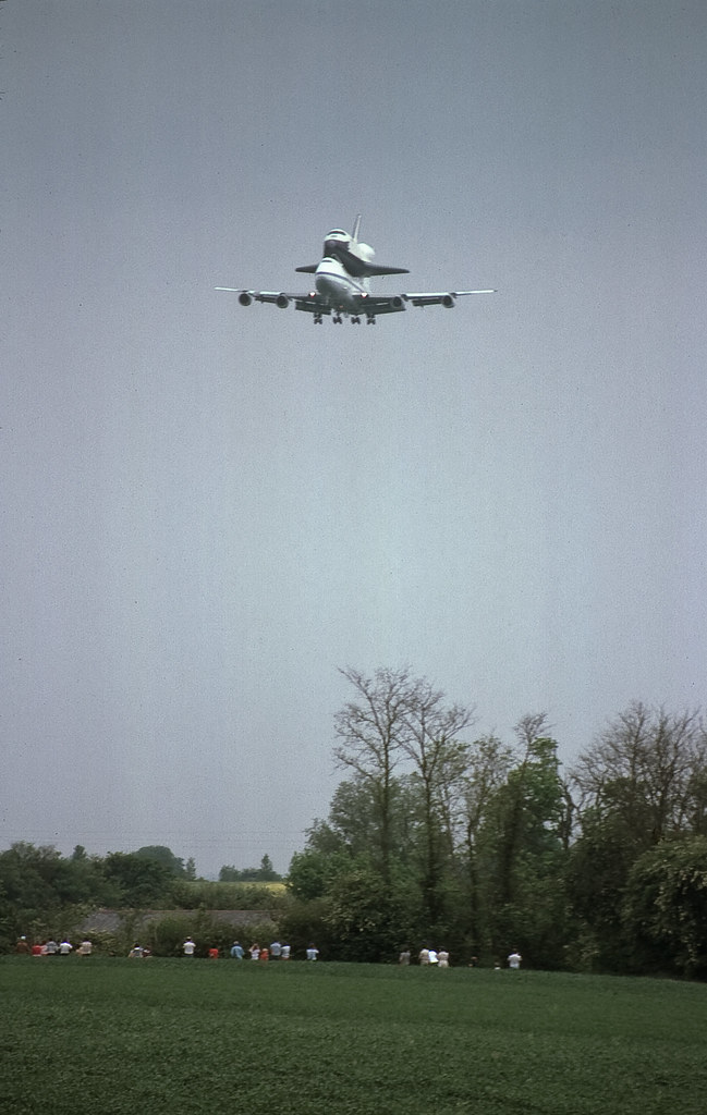 space shuttle landing at stansted - photo #35